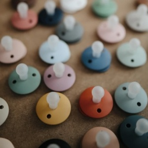 mushie 무쉬 / FRIGG Silicon Pacifiers 0-6M / 실리콘 쪽쪽이 모음 (8 Colors)